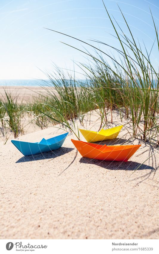 Sommerzeit Ferien & Urlaub & Reisen Sonne Meer Strand Gras Tourismus Freizeit & Hobby Schönes Wetter Papier Ostsee Fernweh Spielzeug Wolkenloser Himmel Düne