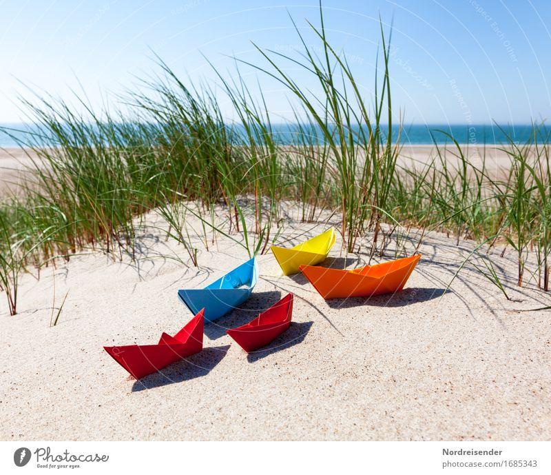 Sommerzeit Ferien & Urlaub & Reisen Wasser Sonne Meer Strand Gras Spielen Sand Lebensfreude Schönes Wetter Papier Ostsee Spielzeug Wolkenloser Himmel