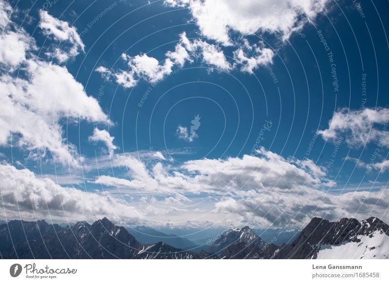 Blick auf Wolken von der Zugspitze Himmel Natur Ferien & Urlaub & Reisen Landschaft Erholung Ferne Berge u. Gebirge Umwelt Freiheit Tourismus Zufriedenheit Luft