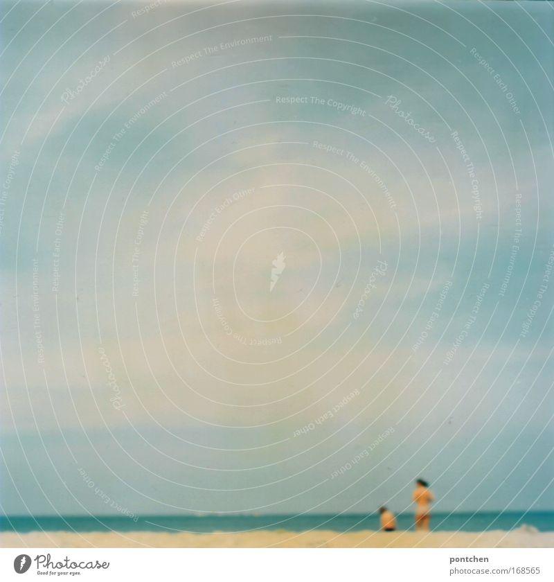 Warnemünde 09 Mensch Frau Kind Wasser Ferien & Urlaub & Reisen Sonne Sommer Meer Strand Wolken Erwachsene Freiheit Sand Schwimmen & Baden Ausflug Tourismus