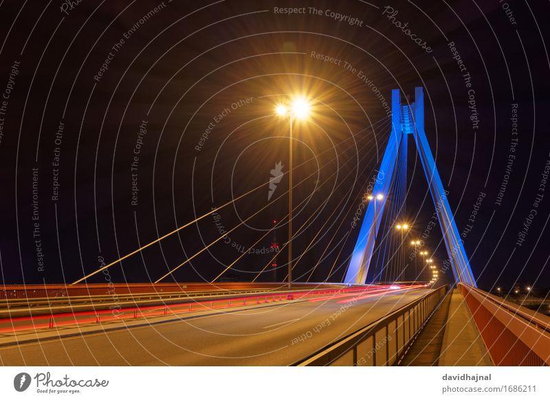 Pylonbrücke Stadt blau rot Straße gelb Architektur Beleuchtung Gebäude Deutschland braun Verkehr ästhetisch Technik & Technologie Europa Beton Brücke