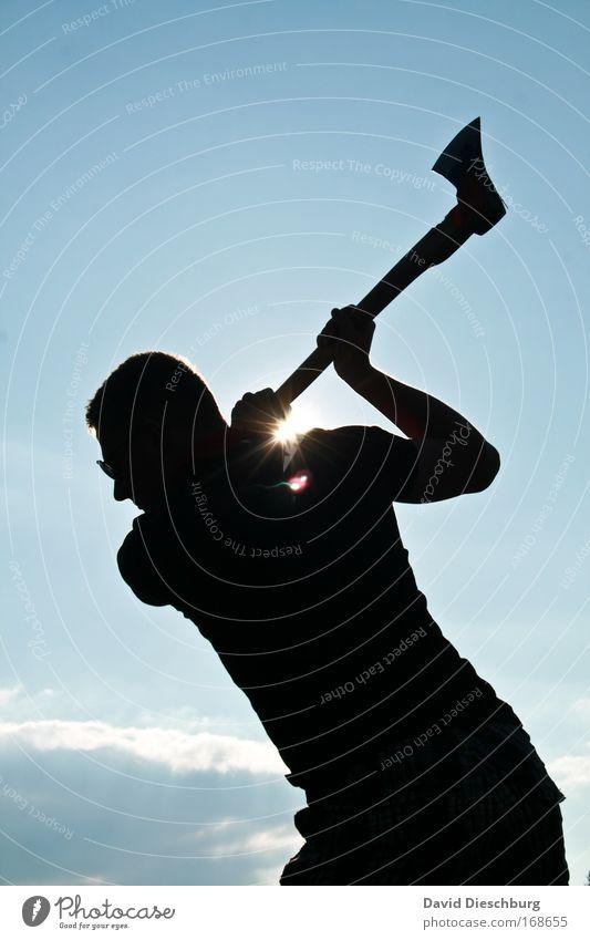Der Holzmichel Mensch Himmel Natur blau Sommer Wolken schwarz Luft Arme maskulin Kraft Schönes Wetter einzeln Momentaufnahme anstrengen Handwerker
