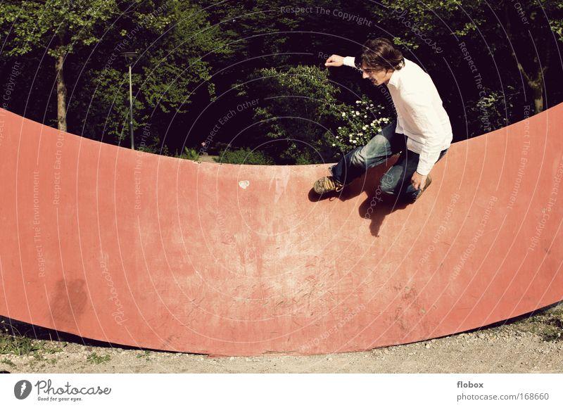 [MUC-09] Nild Schwerelos II Mann Jugendliche Erwachsene Sport Wand springen gefährlich Coolness bedrohlich sportlich Mut Skateboarding Freak Salto Halfpipe