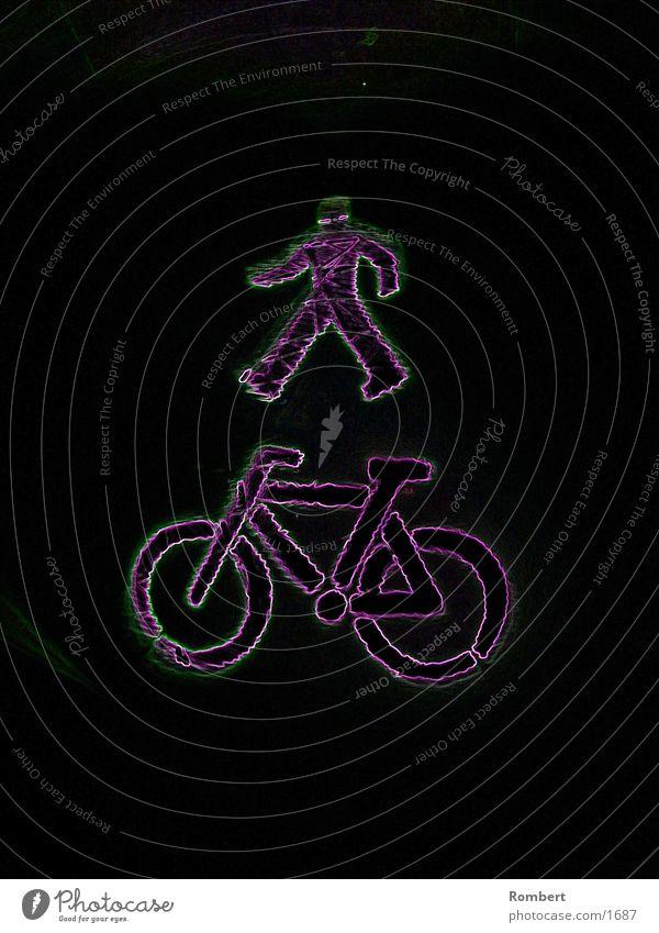 Mann mit Rad Nacht Club Fahrrad BildderWoche Beleuchtung