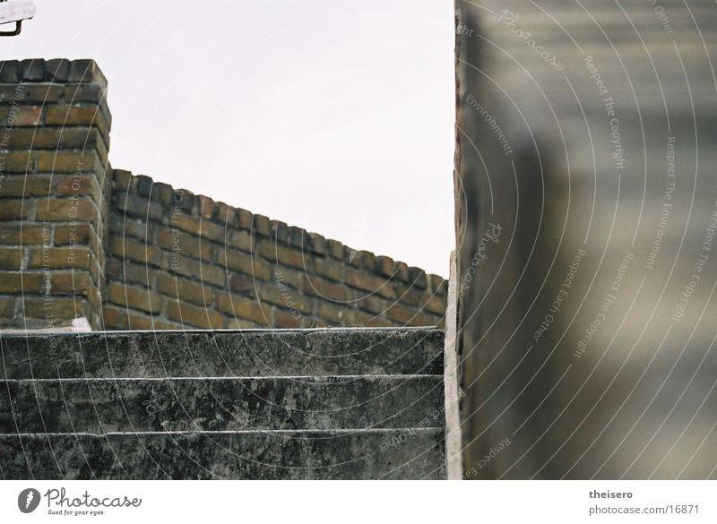 treppenlabyrinth Backstein London Architektur Treppe Linie Perspektive Neigung