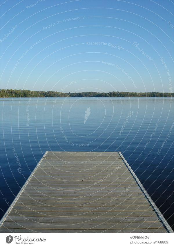 Lonely. Himmel Natur blau Wasser Ferien & Urlaub & Reisen Sommer ruhig See natürlich Schönes Wetter Sommerurlaub Angeln Steg Wolkenloser Himmel friedlich