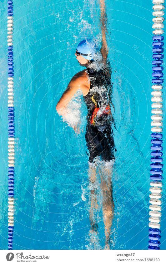 Wasserpirouette Sport Fitness Sport-Training Wassersport Sportler Triathlon Schwimmsport Schwimmhalle Schwimmen & Baden Sportveranstaltung Schwimmbad sportlich