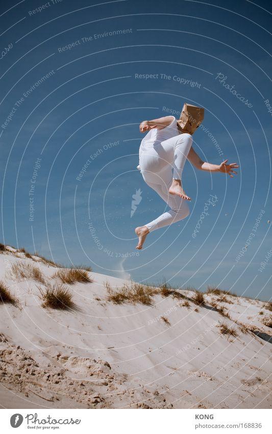 feinrippscheuche Jugendliche blau weiß Sommer Freude Strand Spielen Freiheit springen Glück fliegen frei Flugzeug Geschwindigkeit Erfolg Fröhlichkeit