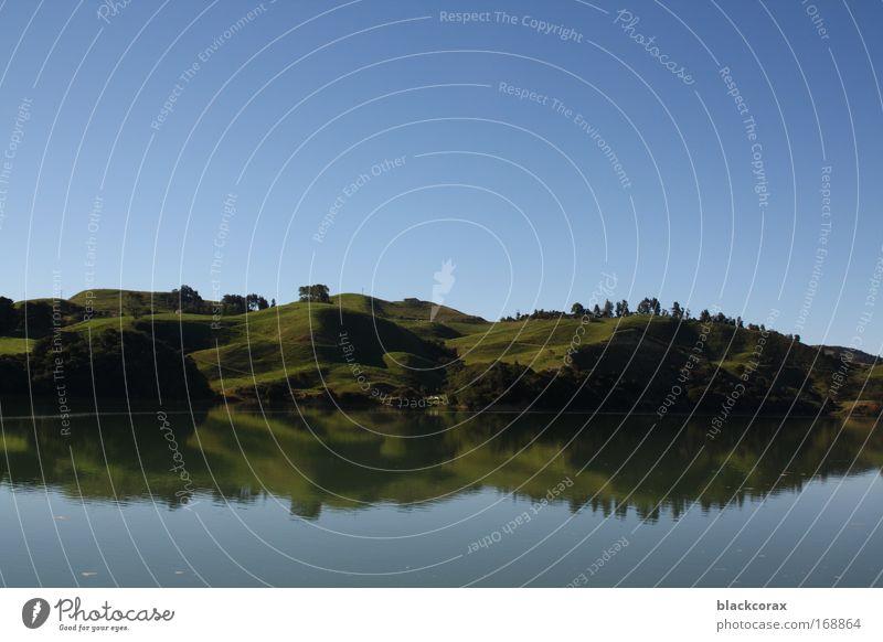 mirrorlake Farbfoto Außenaufnahme Menschenleer Tag Reflexion & Spiegelung Landschaft Hügel See Kahwia Neuseeland rein Auenland