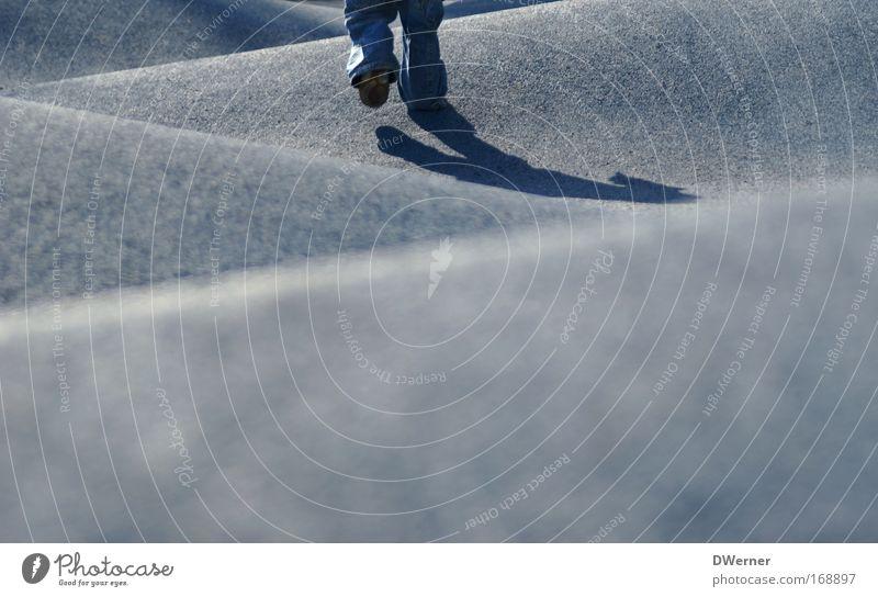 Berg & Tal Mensch Kind Sonne blau Leben springen Spielen Park Beine Wellen klein laufen Horizont rennen Geschwindigkeit Sicherheit