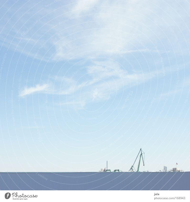 [PC-Usertreff Ffm]: Sichtschutz Himmel blau Mauer hell Fabrik Schönes Wetter Kran Industrieanlage Wagen Bauwagen