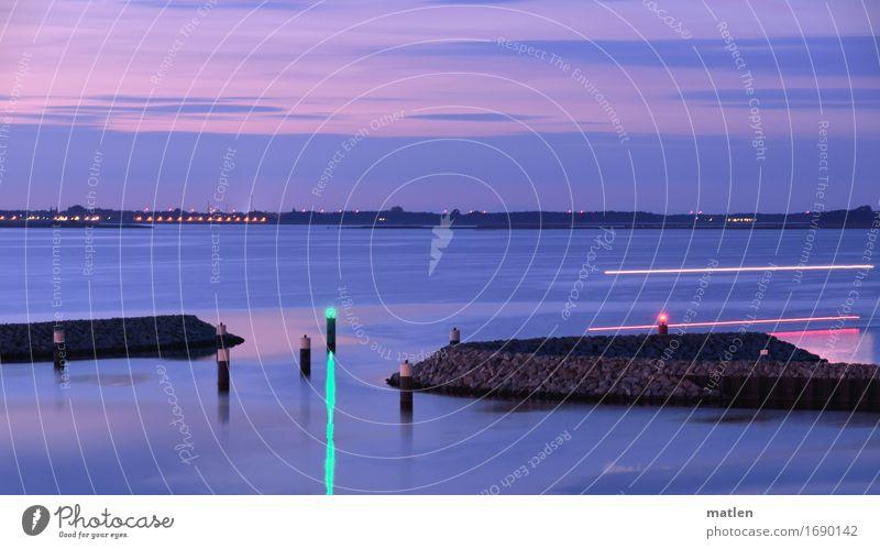 Einfahrt Landschaft Himmel Wolken Nachthimmel Horizont Sonnenaufgang Sonnenuntergang Sommer Schönes Wetter Ostsee Schifffahrt Motorboot Hafen braun grün violett