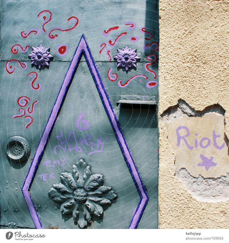 illuminati Pflanze Blume Haus Graffiti grau Blüte Stein Metall Kunst Tür Wohnung Fassade Lifestyle Stern (Symbol) Coolness Häusliches Leben