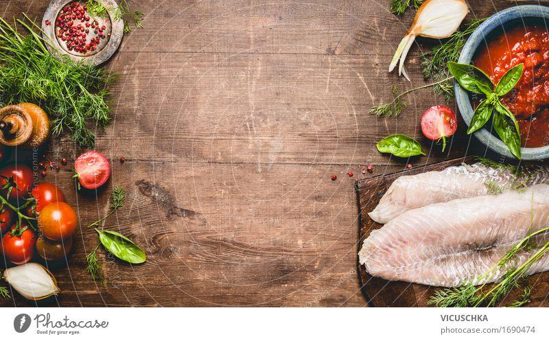 Fischfilet mit Tomaten, Sauce und Zutaten Lebensmittel Gemüse Ernährung Bioprodukte Vegetarische Ernährung Diät Geschirr Stil Design Gesunde Ernährung Tisch
