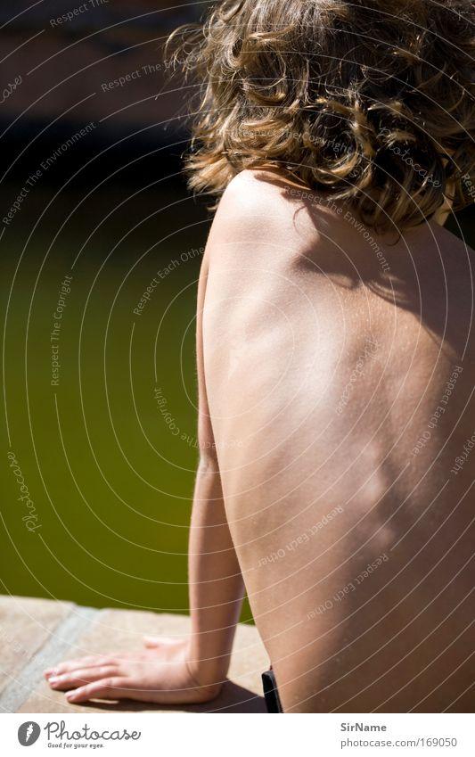 104 [water dreaming] Mensch Jugendliche Wasser Sommer Hand Sonne Erholung Wärme Junge Haare & Frisuren Denken Schwimmen & Baden natürlich Körper Haut Arme