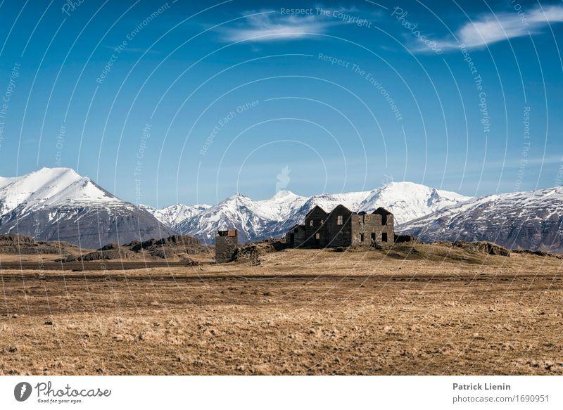 No Country for Old Men Himmel Natur Ferien & Urlaub & Reisen blau schön Landschaft Haus Winter Berge u. Gebirge Umwelt Leben Wiese Schnee Erde Horizont Wetter