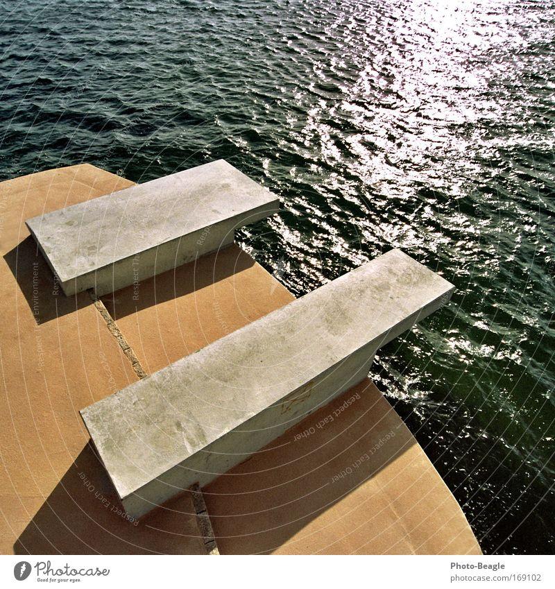 Kleine Dicke bitte links Wasser Sonne Meer Sommer Ferien & Urlaub & Reisen springen See Wellen glänzend Beton Ostsee Sprungbrett Meerwasser Kellenhusen