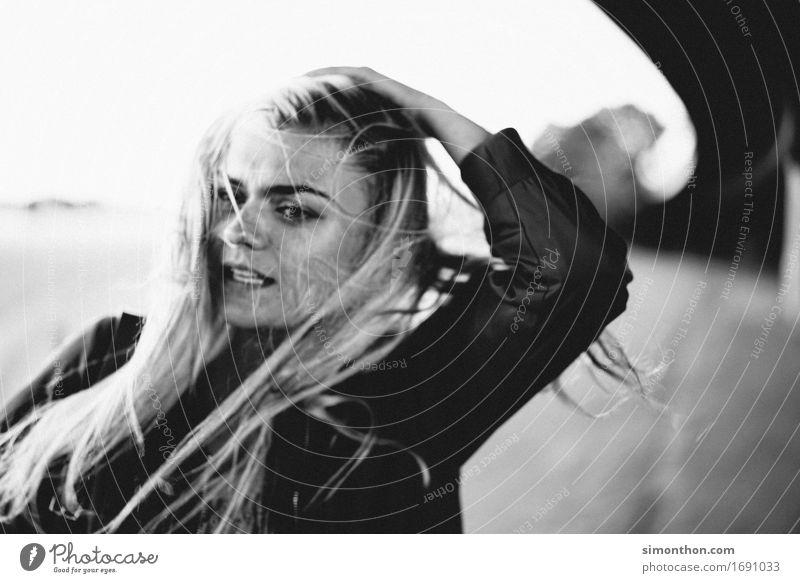 Haare Mensch schön Gesunde Ernährung Erholung ruhig Leben natürlich feminin Gesundheit Haare & Frisuren Zufriedenheit frei elegant blond ästhetisch authentisch