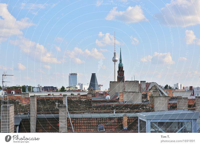 Berlin 2016 Himmel Stadt Wolken Horizont Dach Skyline Hauptstadt Stadtzentrum Altstadt Schornstein Berliner Fernsehturm Antenne Prenzlauer Berg