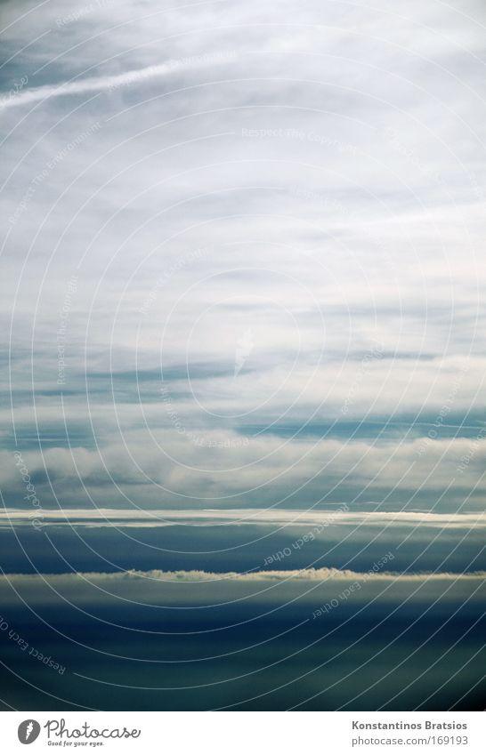 Between Heaven And Hell Himmel weiß blau Ferien & Urlaub & Reisen Wolken Ferne grau träumen hell Hintergrundbild Design Luftverkehr Unendlichkeit Flugzeugausblick