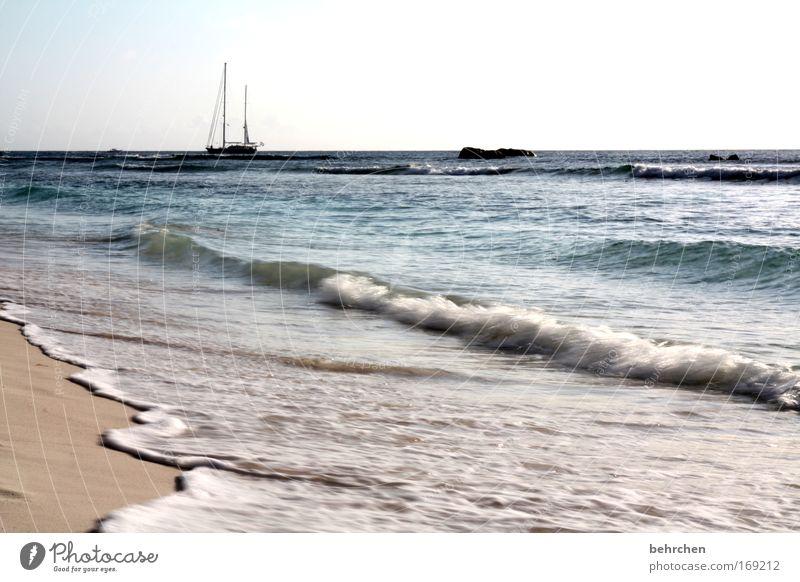 ausziehwetter schön Himmel Meer Strand Ferien & Urlaub & Reisen Ferne Freiheit Glück Sand Wasserfahrzeug Zufriedenheit Wellen Küste Abenteuer Insel Tourismus