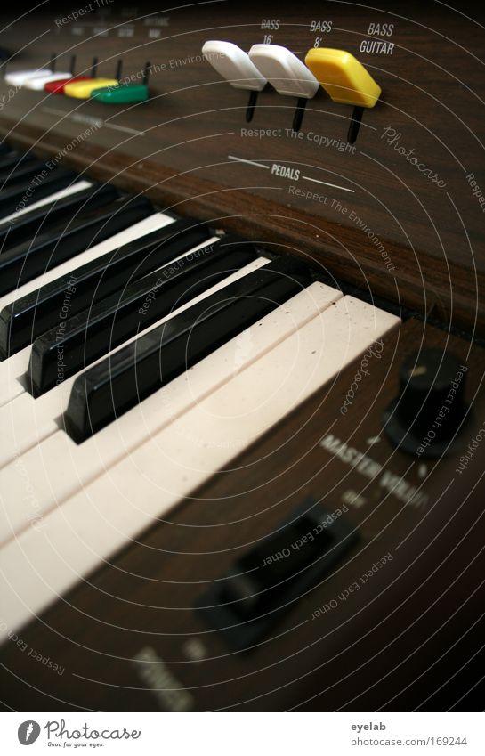 Musik soll in erster Linie Freude machen Holz Stimmung Freizeit & Hobby Schriftzeichen Technik & Technologie Kunststoff Konzert Bühne Klaviatur Schalter Musiker