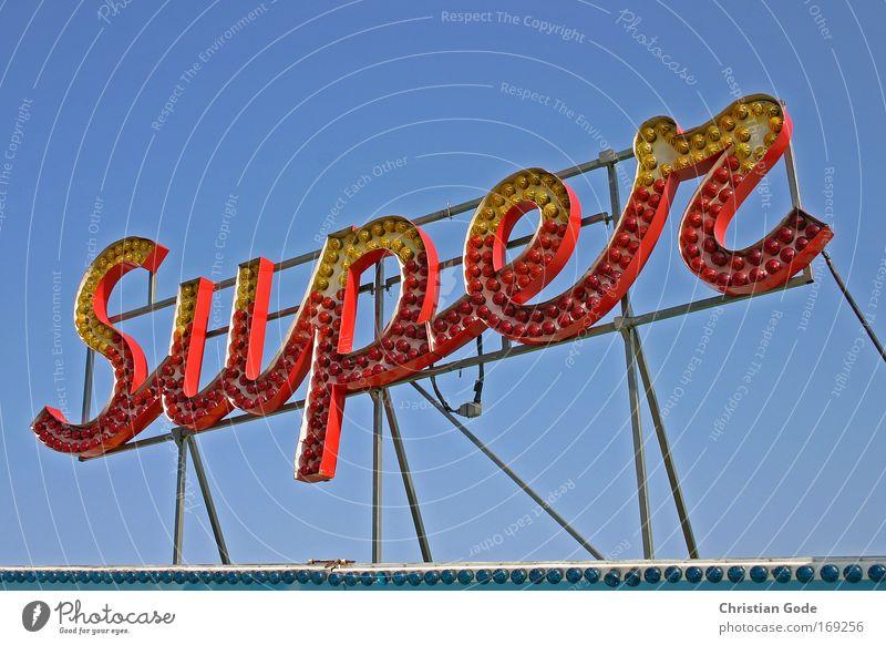 SUPER Himmel blau rot gelb Lampe Werbung Elektrizität Dach Freizeit & Hobby Jahrmarkt Glühbirne Karussell Leuchtreklame Symbole & Metaphern Gestell
