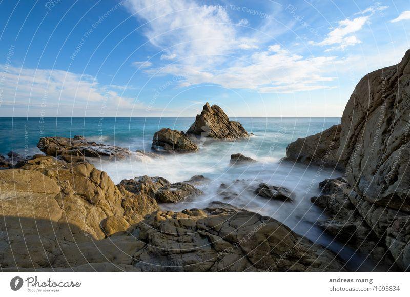 #315 / Fels in der Brandung Himmel Natur blau Sommer Wasser Meer Landschaft Einsamkeit Wolken Ferne Umwelt Bewegung Küste Felsen Horizont frei