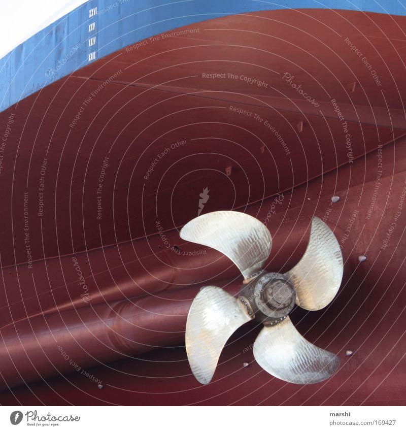 ne große Schraube locker haben... Meer blau rot Wasserfahrzeug Metall Wetter Industrie fahren Maschine Hafen Sturm drehen Schifffahrt Motor