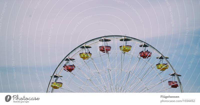 Santa Monica Pier 3 Ferien & Urlaub & Reisen Tourismus Ausflug Freiheit Sightseeing Jahrmarkt Bauwerk Schienenfahrzeug Schwebebahn Magnetschwebebahn Jagd Mut