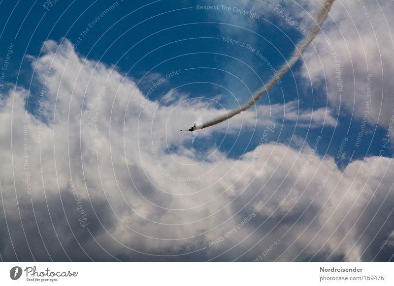 Er fiel aus dem Himmel schön Wolken Leben Sport Luft elegant fliegen Design Flugzeug ästhetisch außergewöhnlich verrückt Lifestyle fantastisch Stahl