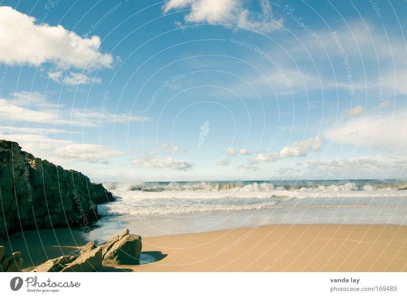 Brandung Wasser Himmel Sonne Meer Sommer Strand Ferien & Urlaub & Reisen Wolken Ferne Sand Landschaft Wellen Küste Felsen Tourismus Schönes Wetter