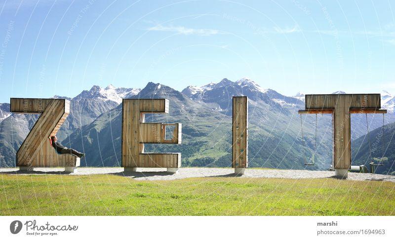 so kostbar Mensch Natur Landschaft Erholung Ferne Berge u. Gebirge Reisefotografie Gefühle Holz Zeit Stimmung wandern Aussicht Ewigkeit Buchstaben Österreich