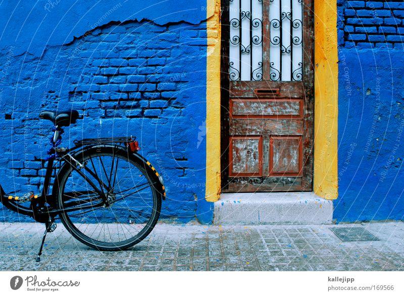 alter schwede blau Stadt Ferien & Urlaub & Reisen Haus gelb Straße Fenster Wand Architektur Wege & Pfade Mauer Gebäude Tür Fassade Freizeit & Hobby Verkehr