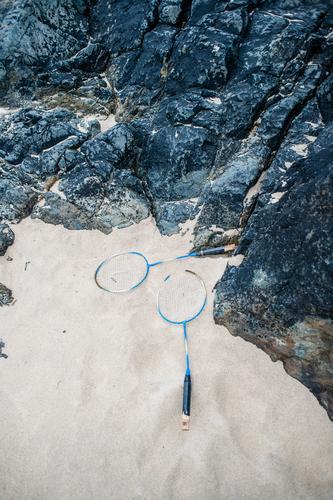 Game over Natur Ferien & Urlaub & Reisen Strand Spielen Sand Felsen Freizeit & Hobby liegen Sommerurlaub Sandstrand Badminton Federball