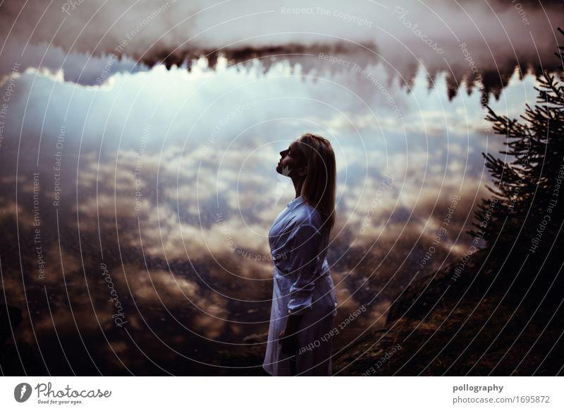 alone Mensch Natur schön Wasser Wolken ruhig Gesundheit Lifestyle Erwachsene Leben feminin Gefühle Freiheit Denken Zufriedenheit frei