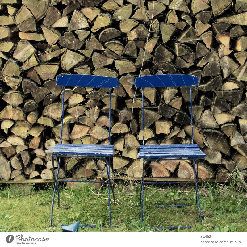 Holz zu Holz Natur Ferien & Urlaub & Reisen alt blau grün Erholung Gras Holz Garten braun Freundschaft Häusliches Leben paarweise ästhetisch warten Armut