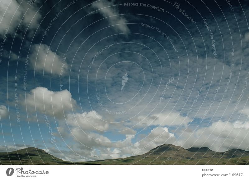 Hügeldecke, Wolkenkette Natur schön Himmel grün blau Sommer Ferien & Urlaub & Reisen Wolken Ferne Freiheit Landschaft Luft Stimmung Wind Umwelt groß