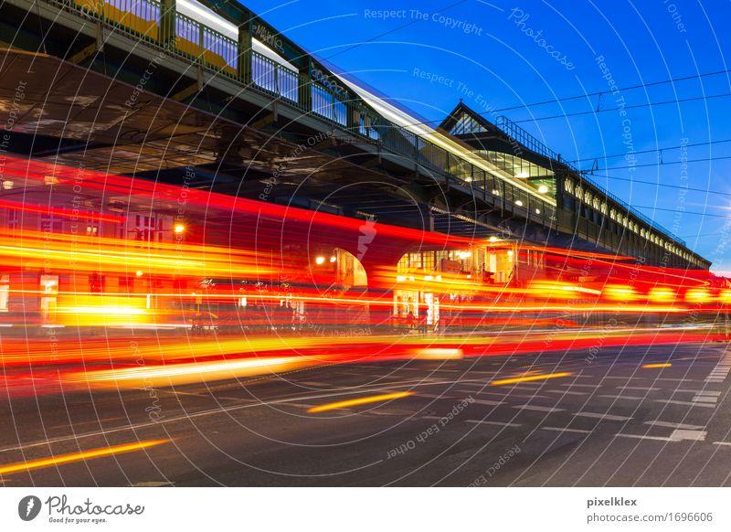 Berlin bei Nacht Ferien & Urlaub & Reisen Stadt rot dunkel Straße Bewegung Deutschland Tourismus Verkehr leuchten Geschwindigkeit Brücke fahren Hauptstadt