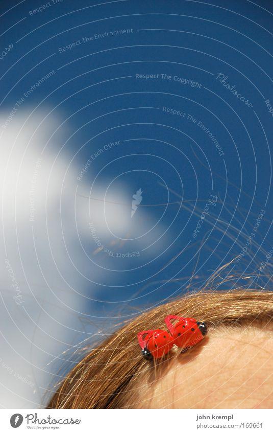 two of us Mensch Himmel Jugendliche schön rot Freude Wolken Erwachsene feminin Kopf Haare & Frisuren Glück glänzend Fröhlichkeit einzigartig