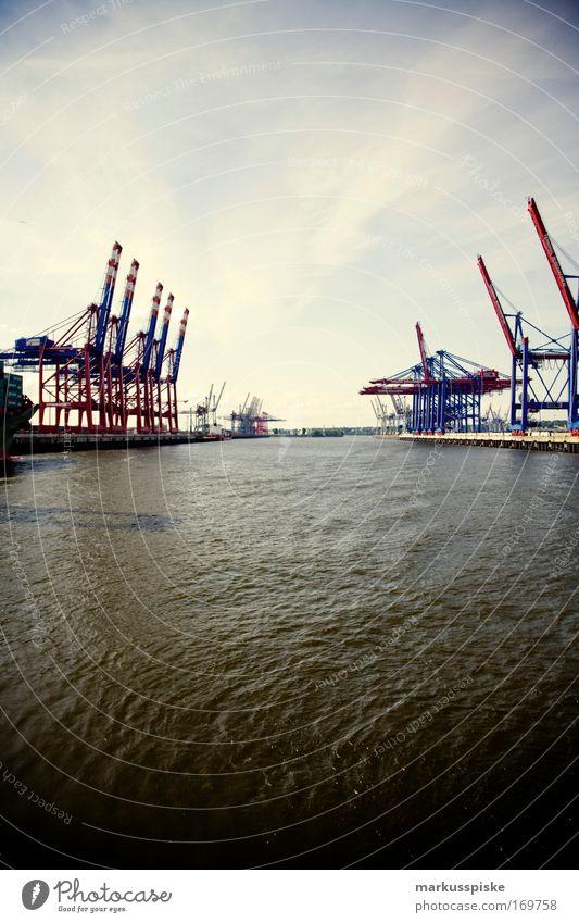 freitag der stahlmonster Natur Wasser blau Stadt rot Umwelt Küste modern Wachstum Klima Bekleidung Industrie Hafen Nordsee Bucht Ladung