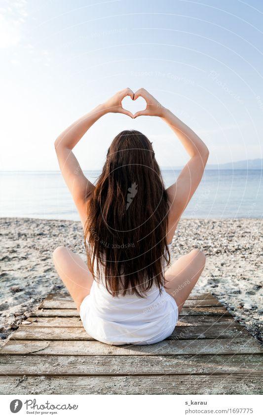 Am Strand Lifestyle Gesundheit Wellness harmonisch Wohlgefühl Erholung ruhig Meditation Freizeit & Hobby Ferien & Urlaub & Reisen Sommer Sommerurlaub Meer Yoga