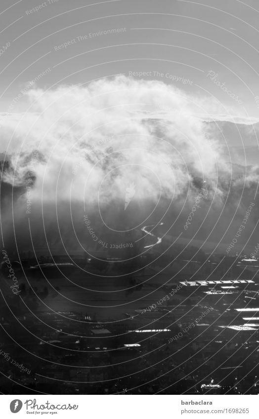 Tempo l Wolkenkumulation Himmel Natur Landschaft Haus Ferne dunkel Berge u. Gebirge Umwelt Stimmung hell leuchten Luft Klima Hügel Erwartung