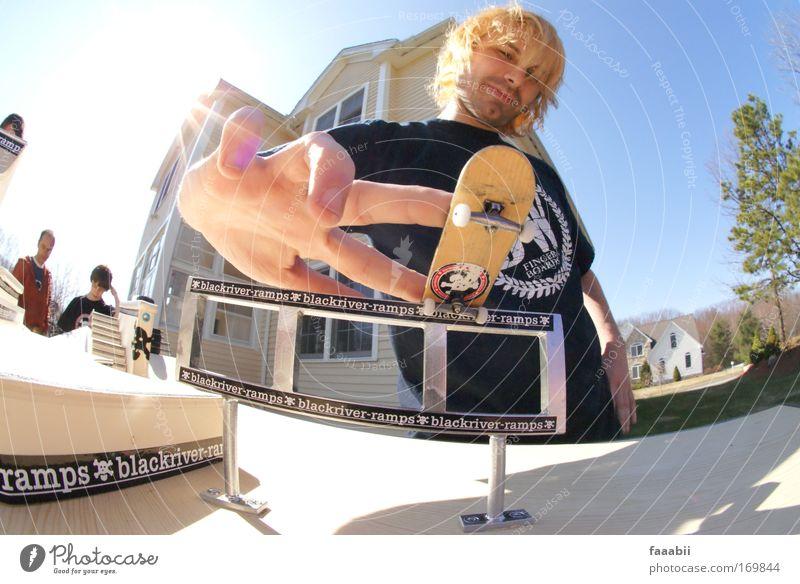 Tim Alexiel - bs Noseslide Mensch Hand Jugendliche Freude Sport blond Erwachsene maskulin Coolness fahren außergewöhnlich Leidenschaft drehen skurril Punk
