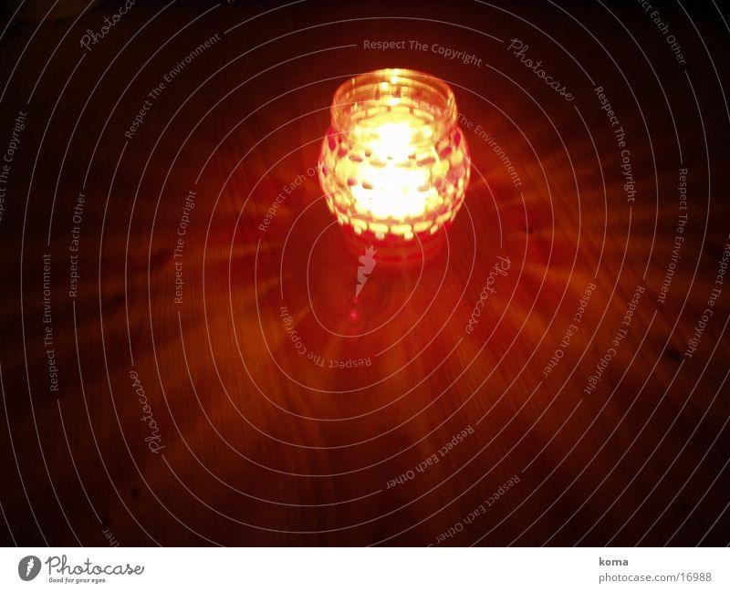 kerzenschein rot gelb Wärme Kerze Physik Dinge Flamme besinnlich Kerzenschein