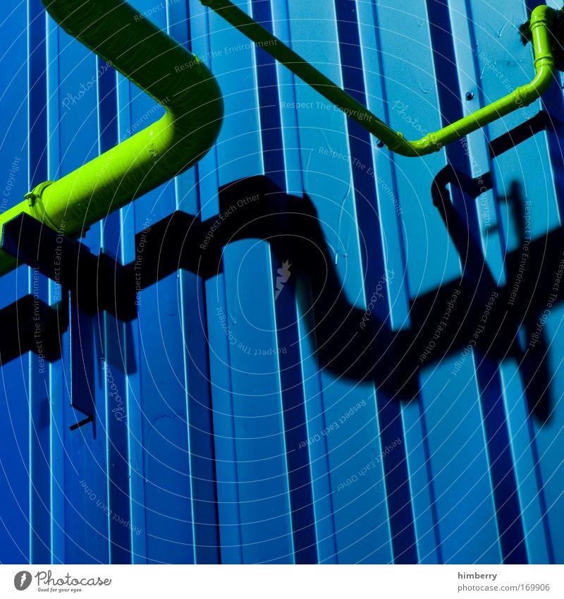 anschluss finden alt blau gelb kalt Kunst Design Energiewirtschaft Zukunft Industrie Baustelle Fabrik Wissenschaften Röhren Handwerk Sonnenenergie Eisenrohr