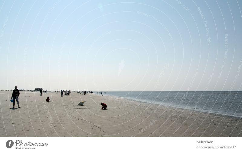 fernwehersatz Mensch Wasser Sonne Meer Strand Freiheit Zusammensein Wellen Küste Horizont Ausflug Spaziergang genießen Nordsee Flut Ebbe