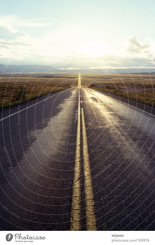dahinten Himmel Ferien & Urlaub & Reisen ruhig Einsamkeit Ferne Straße Freiheit Landschaft Wege & Pfade Horizont USA Wüste Ziel Ende Sehnsucht Unendlichkeit