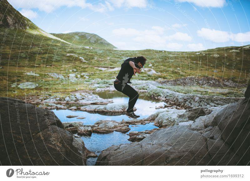 jump Leben Freizeit & Hobby Ferien & Urlaub & Reisen Ausflug Abenteuer Ferne Freiheit maskulin Erwachsene Körper 1 Mensch Natur Landschaft Erde Wasser Himmel