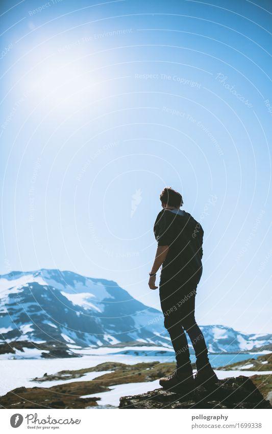 wanderer Mensch Ferien & Urlaub & Reisen Natur Mann Landschaft Sonne ruhig Winter Ferne Berge u. Gebirge Lifestyle Erwachsene Leben Tourismus Freiheit Ausflug